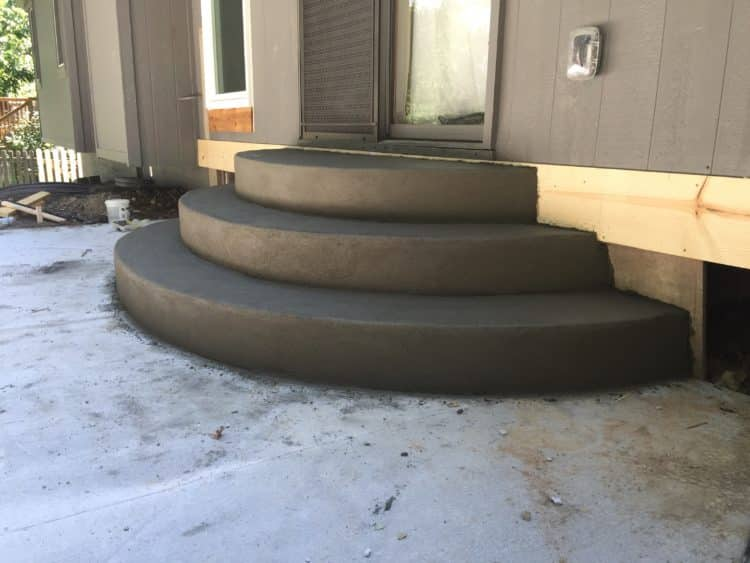 Curved Concrete Steps & Patio - Water Drainage Concrete Retaining ...